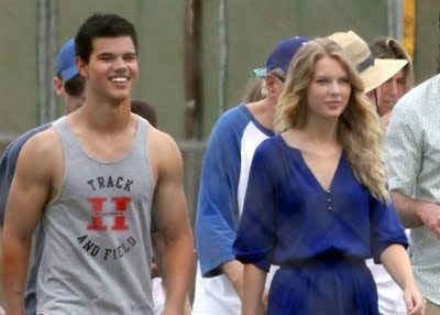 is taylor lautner dating anyone