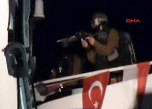 Israeli soldiers on Mavi Marmara