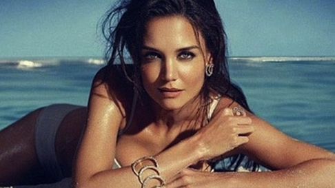 Katie Holmes displays her stunning figure with jewels