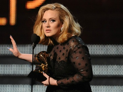 Adele : Grammy 2012 marked by her success and the loss of Whitney Houston