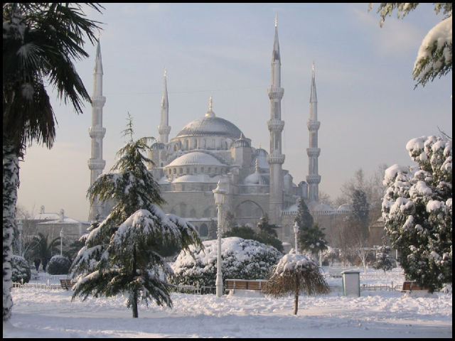 Istanbul woke up to a picturesque but paralyzed city covered with a white blanket