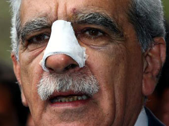 Kurdish MP hospitalized amid Novruz clashes