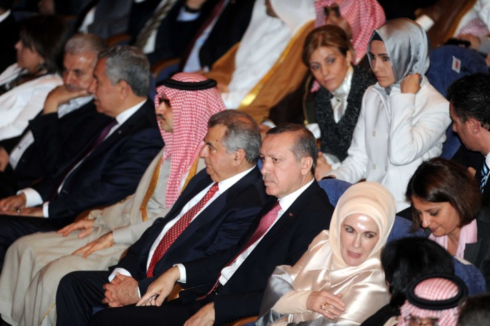 Erdogan urges more Arabs to come to Turkey