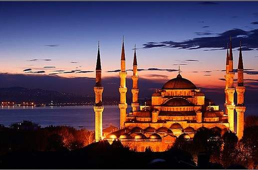 Brand new day over The Blue Mosque in Istanbul, Turkey