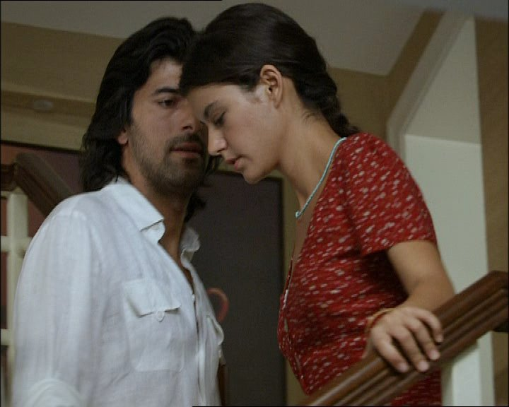 Hot Beren Saat http://www.nationalturk.com/en/beren-saat-dream-girl-arab-men-2974