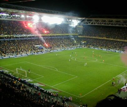 Fenerbahce vs Galatasaray : A game which stops the life in Turkey for 90 minutes