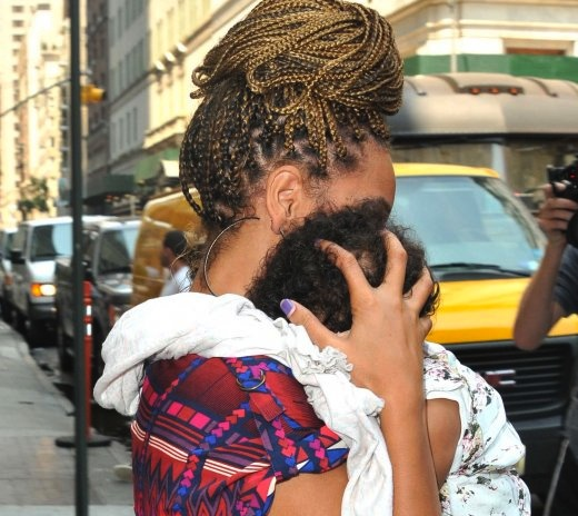 Baby Blue Ivy Carter & Beyonce first pictures since Blue Ivy's birth