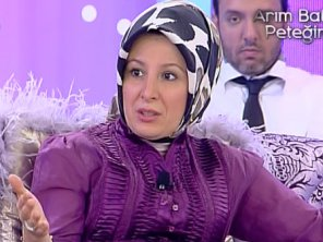 Islamist showgirl and family consultant Sibel Üresin