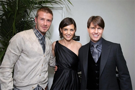 Tom Cruise David Beckham take Katie Holmes into middle