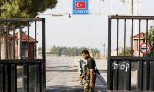 Syria Turkey Border gets closed - No more Syrian refugees ?