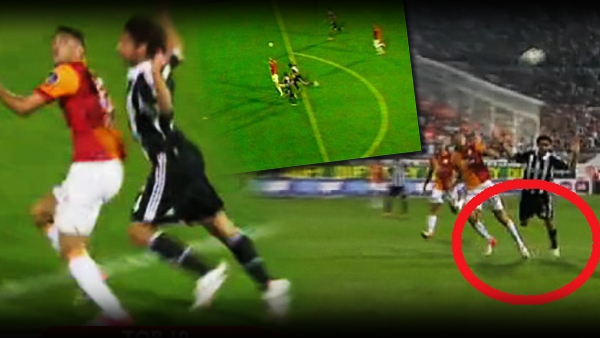 Burak Yılmaz betrays football at Besiktas Galatasaray derby game on 26th August in Istanbul