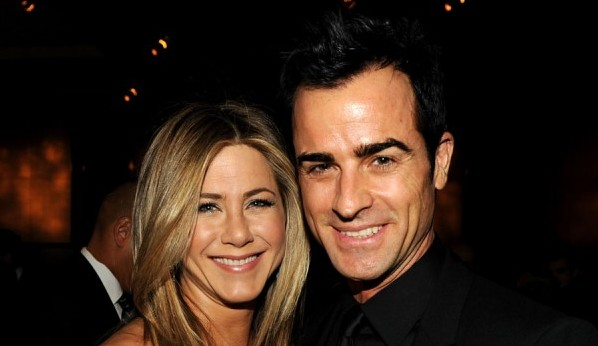 Jennifer Aniston & Justin Theroux confirmed their engagement