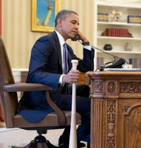 Obama 's baseball bat is huge as he speaks with Erdogan