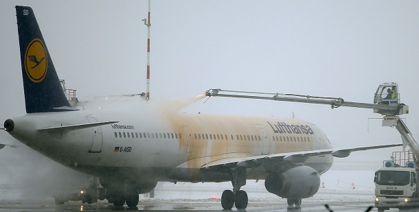 Breaking News Frankfurt Airport Shut Down By Snow And