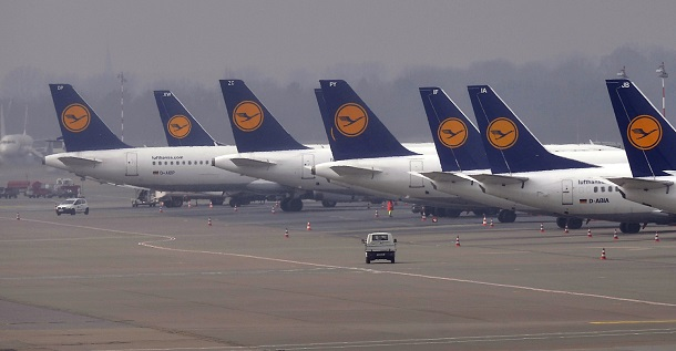Lufthansa workers strikes hit germany flights breaking for Lufthansa direct flights to germany