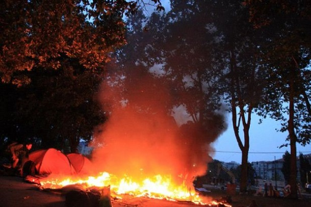 Istanbul-Police-Burned-Taksim-Park-Protesters-Tents