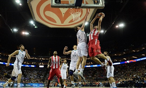 Olympiakos-100-Real-Madrid-88