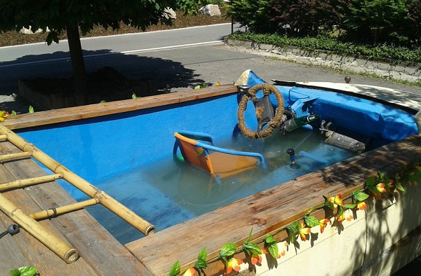 Cabrio turned Pool