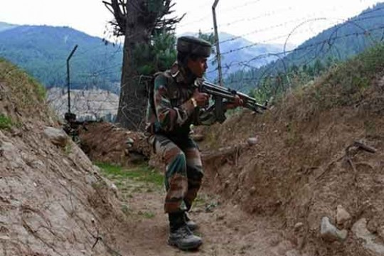 Indian soldiers patrolling LoC. File Pic