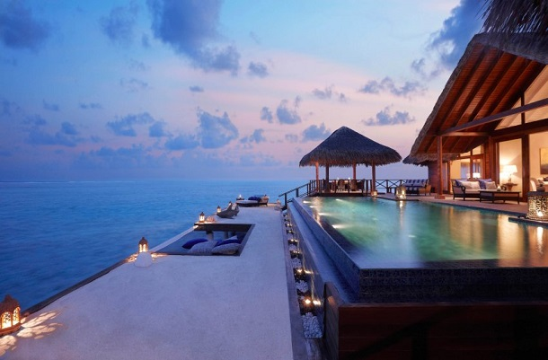 Luxury Pool Villas Maldives: Trend In The Hotel Industry:The Pool Is The Star In