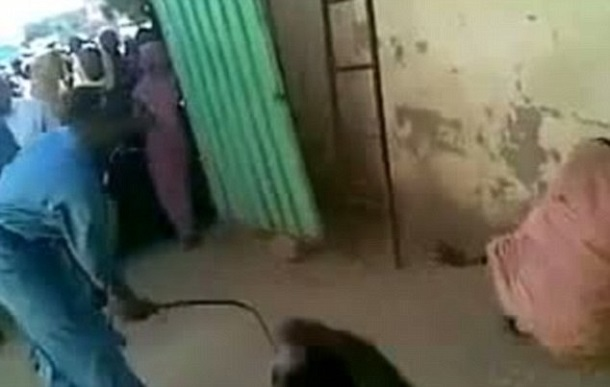 Sudanese-Women-Flogged-Street-By-Sharia-Law
