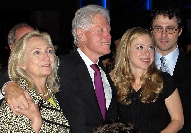 Former-US-President-Bill-Clinton-Become-Grandfather