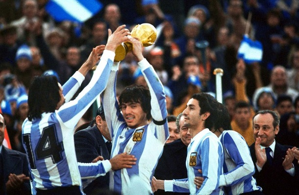 http://www.nationalturk.com/en/wp-content/uploads/2014/05/Argentina-Scandal-Triumph-World-Cup-1978-13.jpg
