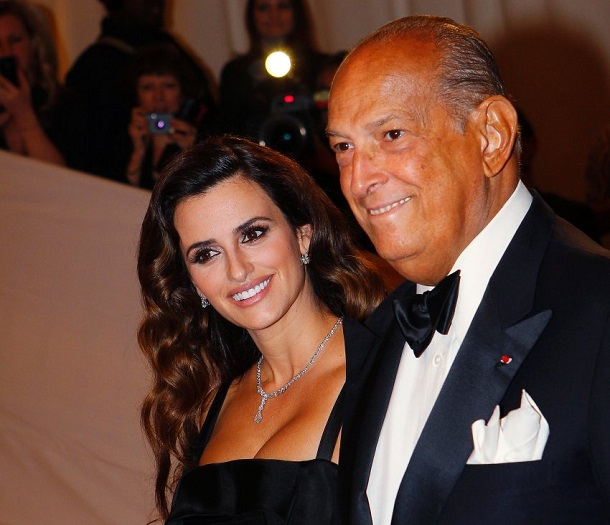 File photo of actress Penelope Cruz and Oscar de la Renta arriving at the Metropolitan Museum of Art Costume Institute Benefit in New York