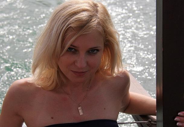 Резултат с изображение за наталия поклонская секси