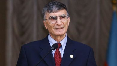 Photo of Turkish scientist Aziz Sancar donates for orphaned Azerbaijani girl