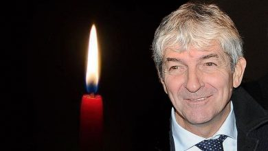 Photo of Italian football legend Paolo Rossi dies