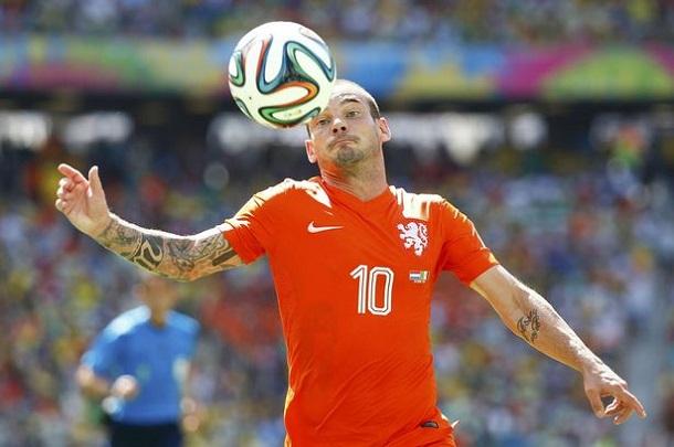 Photo of Wesley Sneijder Manchester United'lı oldu / Transfer Haberleri