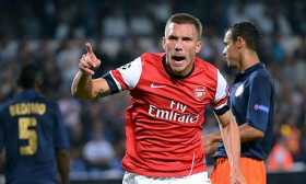 Photo of Lukas Podolski'den Gökhan Töre mesajı