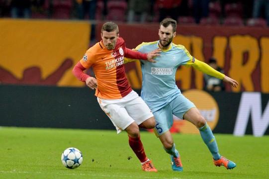 Photo of Podolski hakkında suç duyurusu