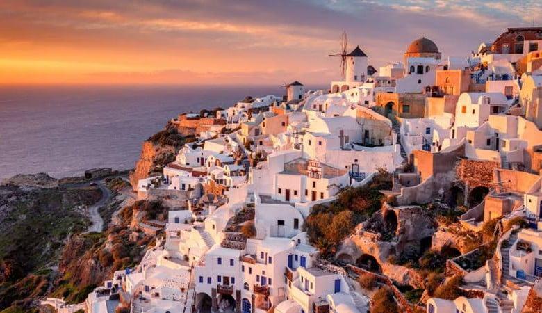 Yunanistan Seyahat Edecek Turistlerden Koronavirüs Testi İsteyecek
