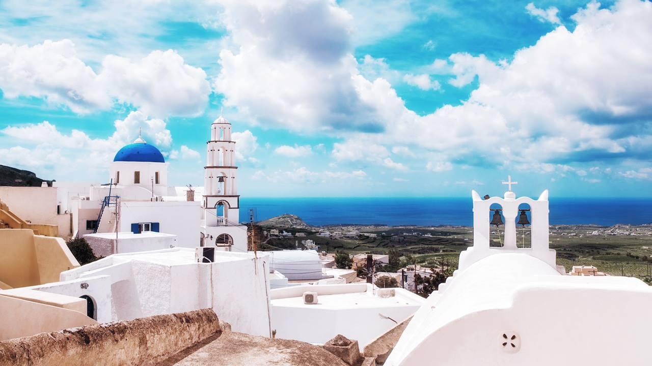 Santorini Gezilecek Yerler: Pyrgos