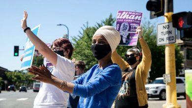 """Photo of Ilhan Omar Yeniden Seçildi! """"Organize İnsanlar Organize Parayı Yener"""""""