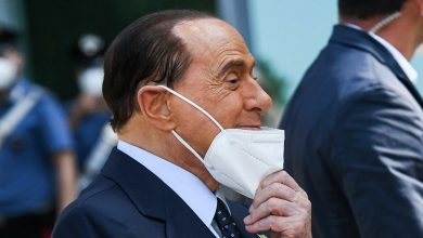 """Photo of Berlusconi: """"Bir Kez Daha Paçayı Kurtarmış Gibiyim"""""""