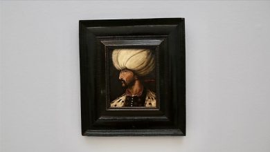 Photo of Kanuni Sultan Süleyman portresi 350 bin sterline satıldı