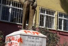 Photo of Atatürk büstüne kin dolu saldırı