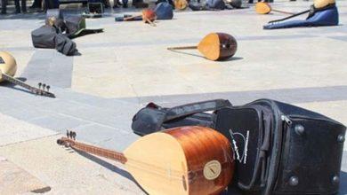 Photo of Dokgöz: Bir yılda 130 müzisyen intihar etti, 50 bin müzisyen işsiz kaldı