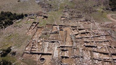 Photo of Tünel için yapılan bağlantı yolu çalışmasında 2 bin yıllık yerleşim bulundu: Güzergah kaydırılacak