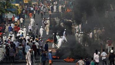 Photo of Hindistan Başbakanı Modi karşıtları polisle çatıştı: 4 ölü